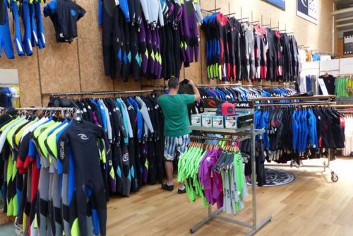 Surfen in Moliets: Der Ripcurl Outlet in Hossegor